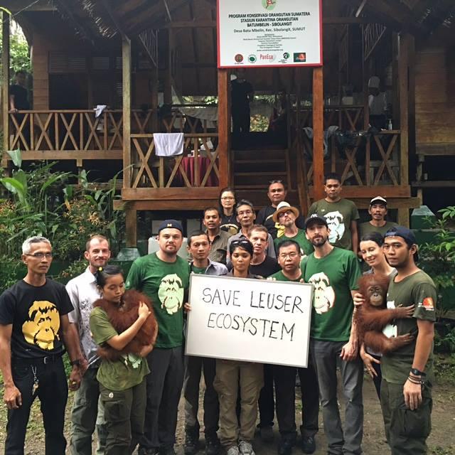 LEONARDO VISTS INDONESIA & LITTLE DENNIS